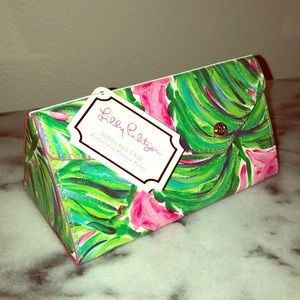 NWT LILLY PULITZER SUNGLASSES CASE Expandable
